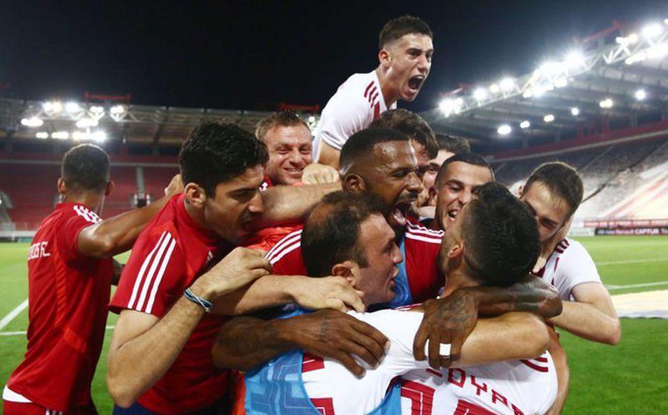 Olympiakos aseguró matemáticamente su título 45 de la Liga de ...