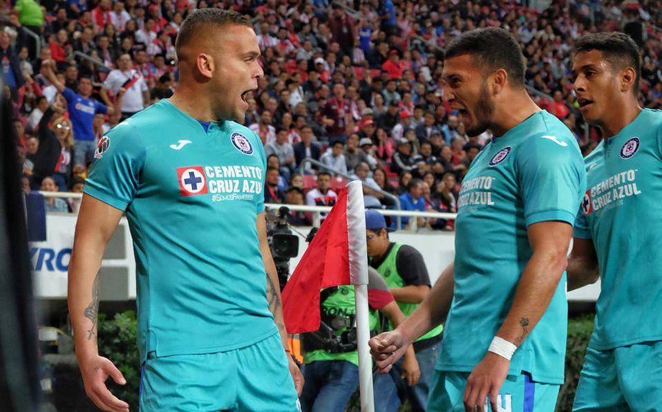 Chivas Vs Cruz Azul 1 2 El Rebano Llego A 5 Juegos Sin Ganar
