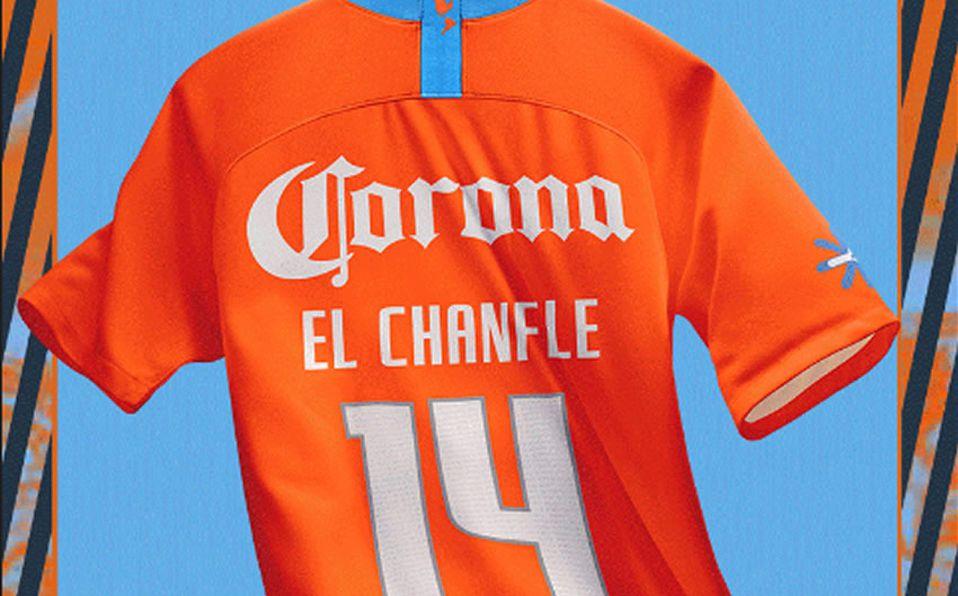 5819baf8576 América uniforme  tercer jersey será del Chanfle  C2018 - Mediotiempo
