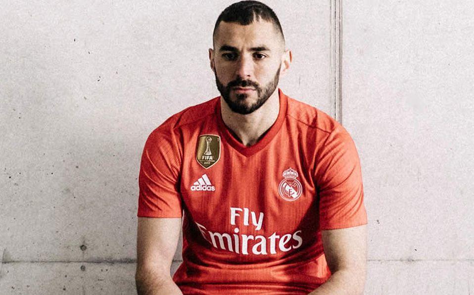 baf52de952bce Real Madrid vestirá de color coral en tercer uniforme  reciclado