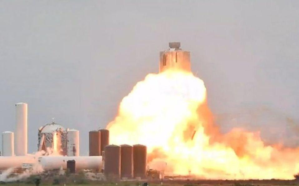 prototipo de cohete explota