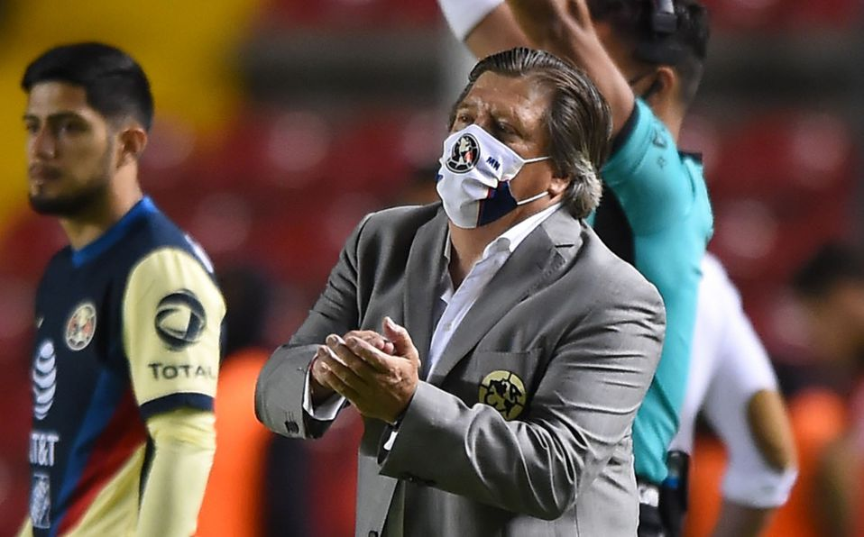 Miguel Herrera pide a los jugadores de América mayor concentración, tras la goleada encajada ante Querétaro en la fecha 5 del Guard1anes 2020
