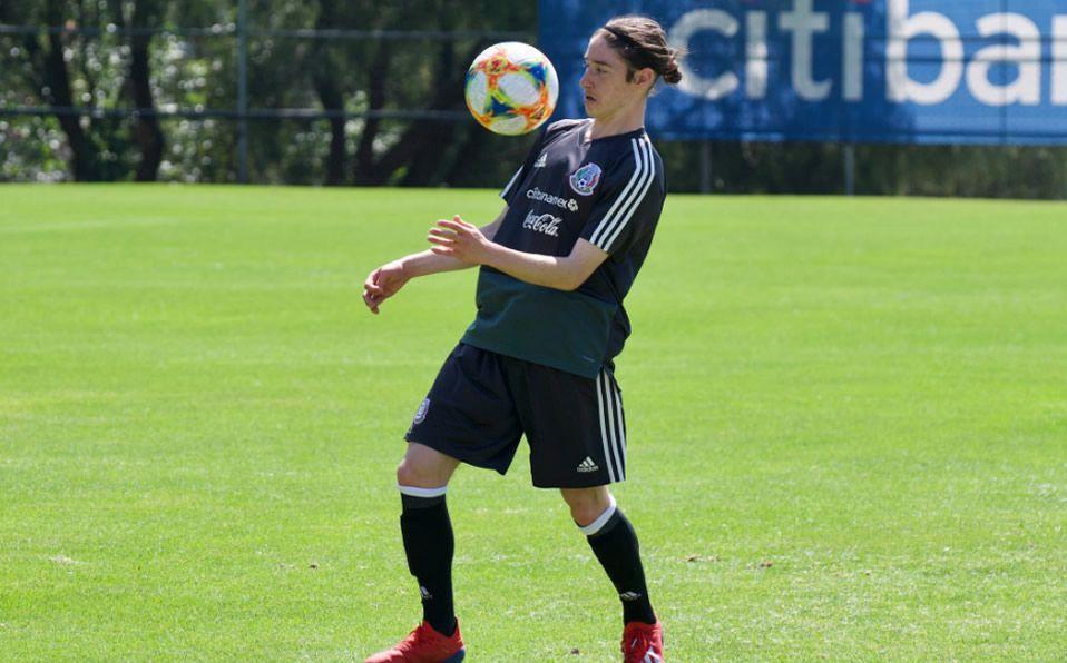 El mexicano Marcelo Flores firma por dos años con el Arsenal