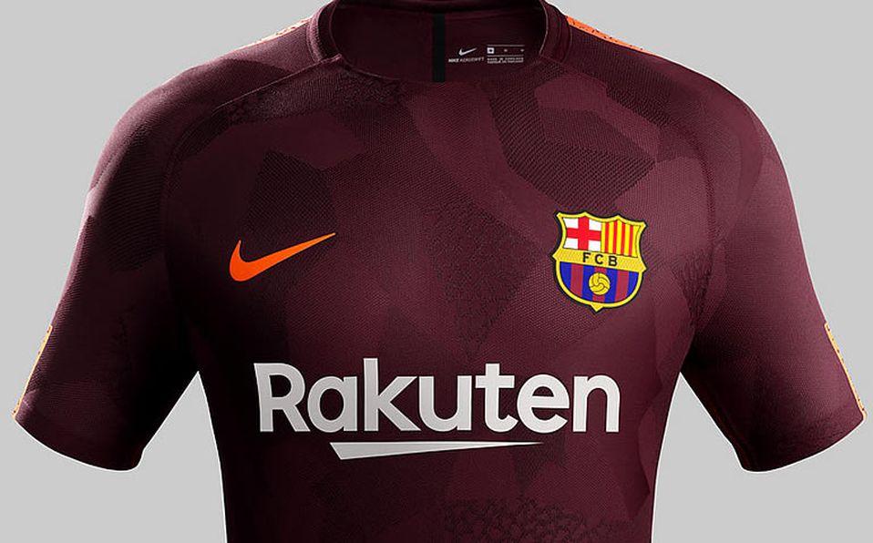 cefaf5631f De estreno el barça presume su tercer uniforme jpg 958x596 Nueva jersey  reciente uniforme del barcelona