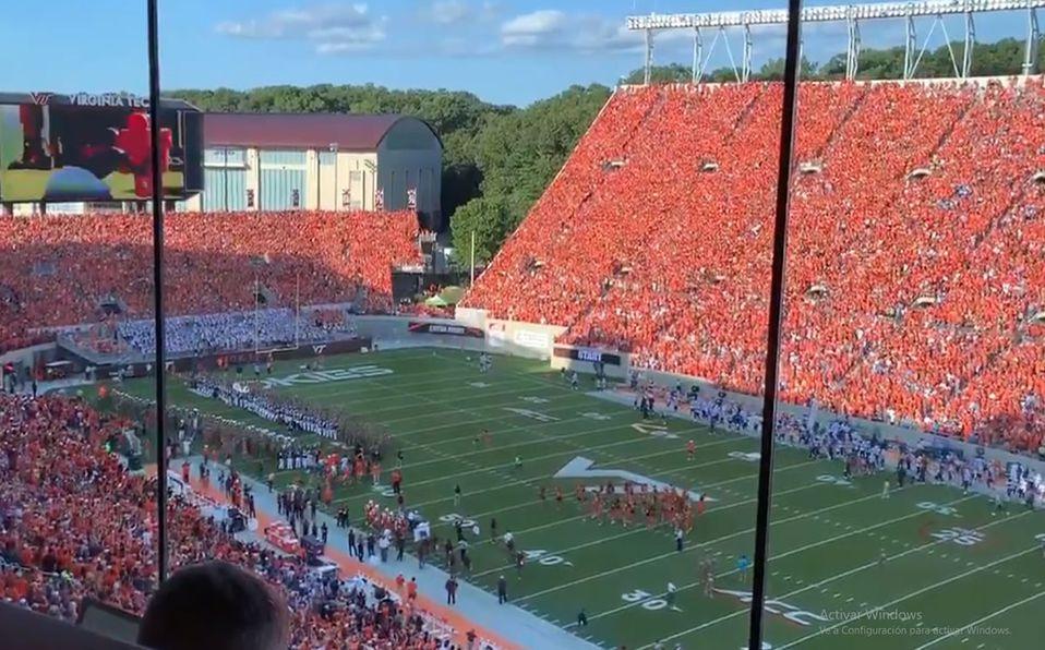 Virginia Tech protagoniza brutal entrada ante estadio lleno   VIDEO -  Mediotiempo