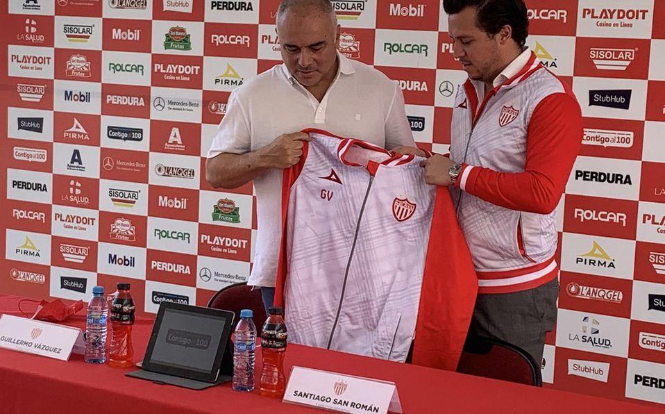 Necaxa presenta a Guillermo Vázquez como su entrenador; vivirá su segunda etapa en el club