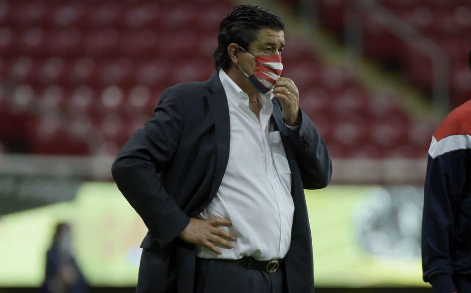 Chivas. Luis Fernando Tena aseguró estar recuperado de la covid-19 ...