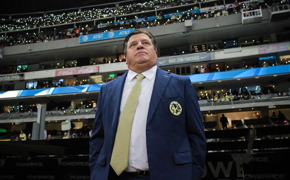 América. Miguel Herrera descartó fichajes de Arturo Vidal y ...