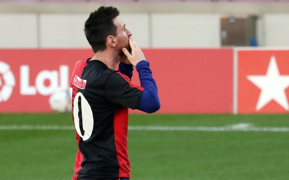 Homenaje de Messi hizo llorar al hijo de Maradona. (FOTO: AFP)