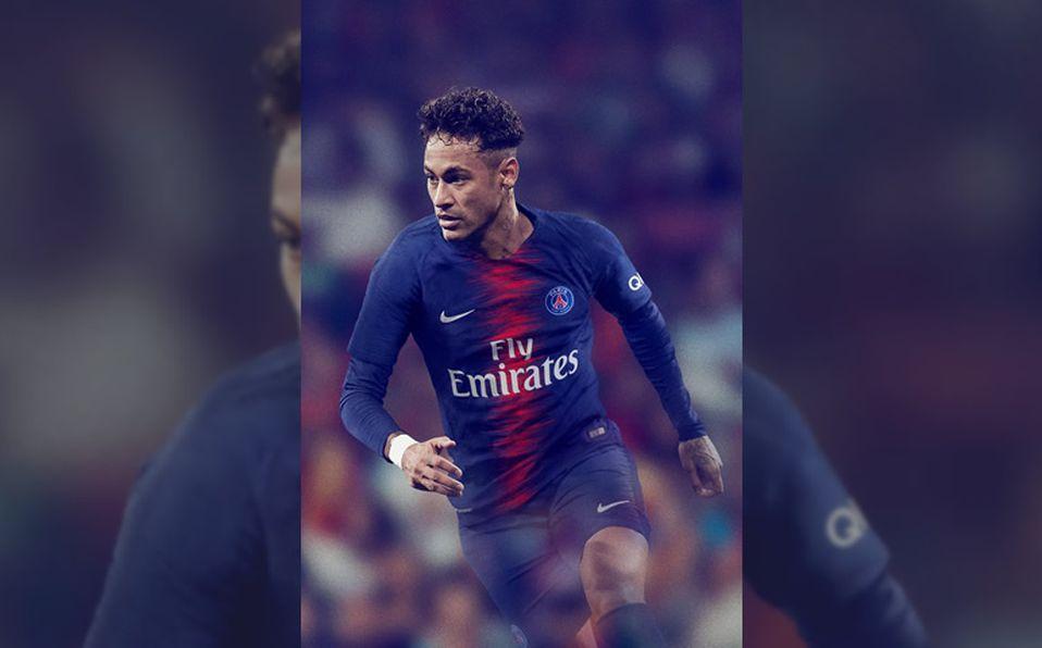 675d2235b52a1 Neymar mostró la nueva casaca del PSG.