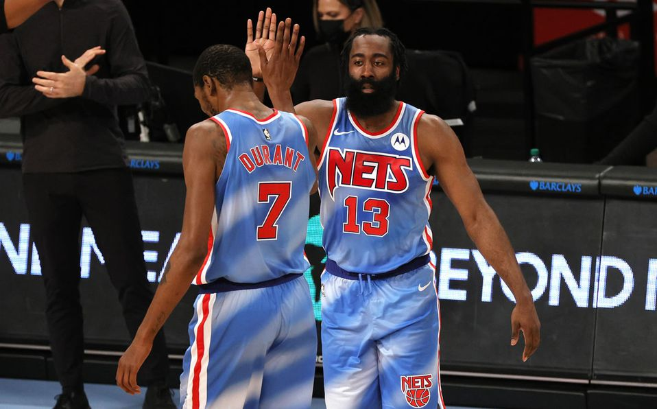 James Harden tiene espectacular debut con los Brooklyn Nets en la NBA -  Mediotiempo