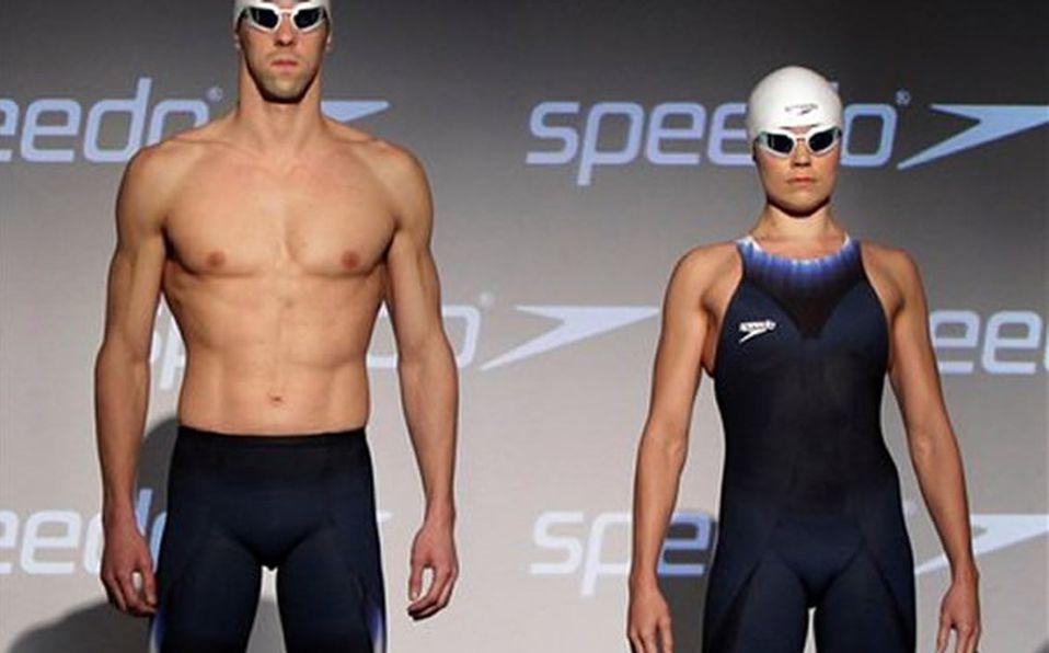 748568e81 Continúan las controversias por los trajes de baño para Londres 2012 ...