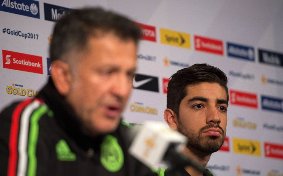 Rodolfo Pizarro: Juan Carlos Osorio era muy injusto VIDEO ...
