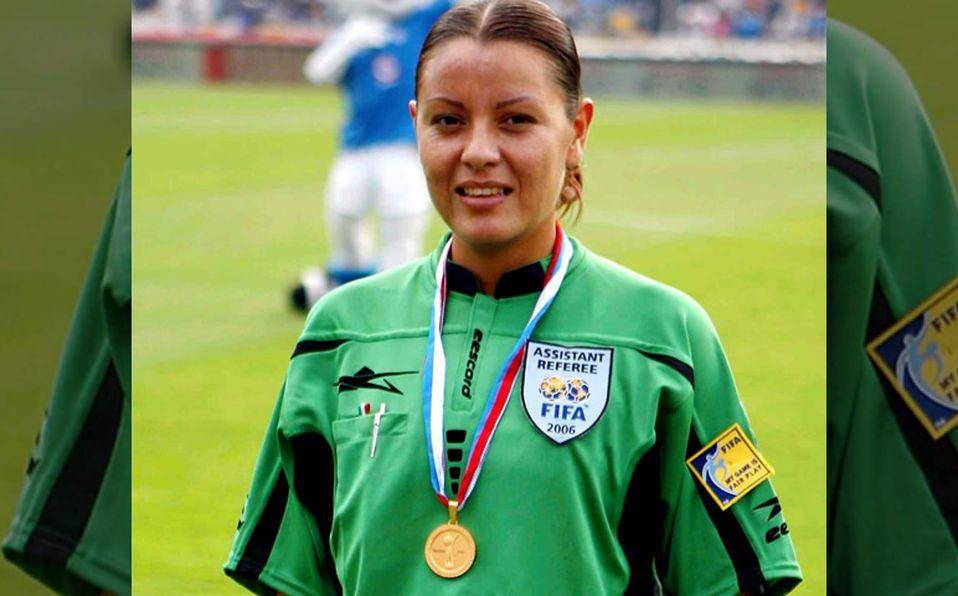 Isabel Tovar, la árbitro que buscó embarazada su gafete FIFA - Mediotiempo