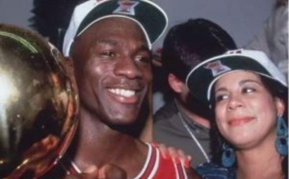 Enajenar Tregua Abultar  Por qué se descartó a la esposa de Michael Jordan en The Last Dance? -  Mediotiempo