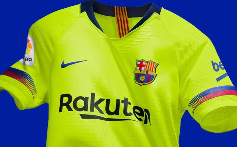 Barcelona revela uniforme de visitante para la Temporada 2018-19 0119f2cb40961