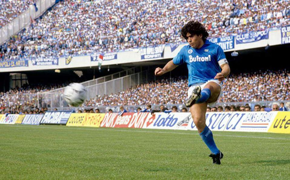 El día que Maradona debutó con el Napoli y se convirtió en ídolo -  Mediotiempo