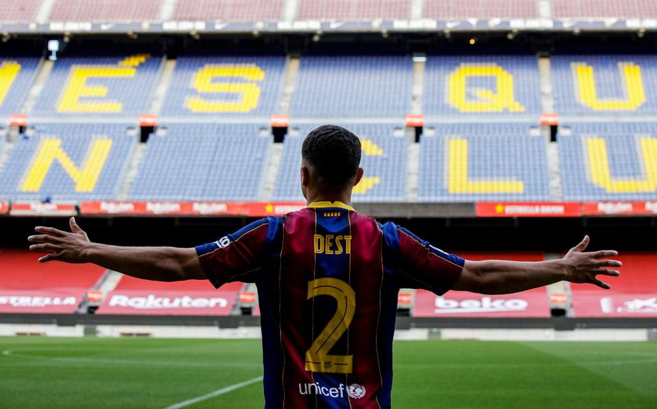 Sergiño Dest: Barcelona oficializa fichaje del lateral estadounidense -  Mediotiempo