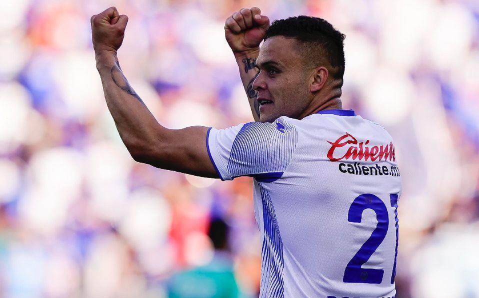Tras 46 años, Cruz Azul es Campeón de Campeones; vence 2-1 a León -  Mediotiempo