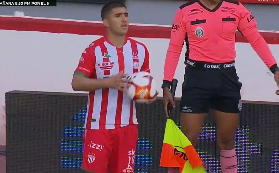 Jairo González luce camiseta sin escudo del Necaxa ante Querétaro -  Mediotiempo